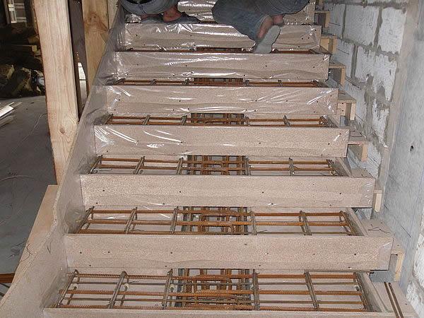 Бетоная лестница своими руками 59